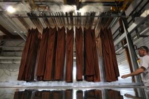 Teinture au cadre de tissus de soie